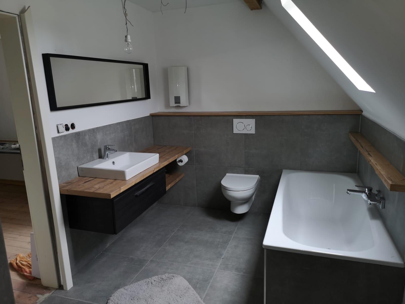 Kundenprojekt-Bad-Dach Siebenhaar